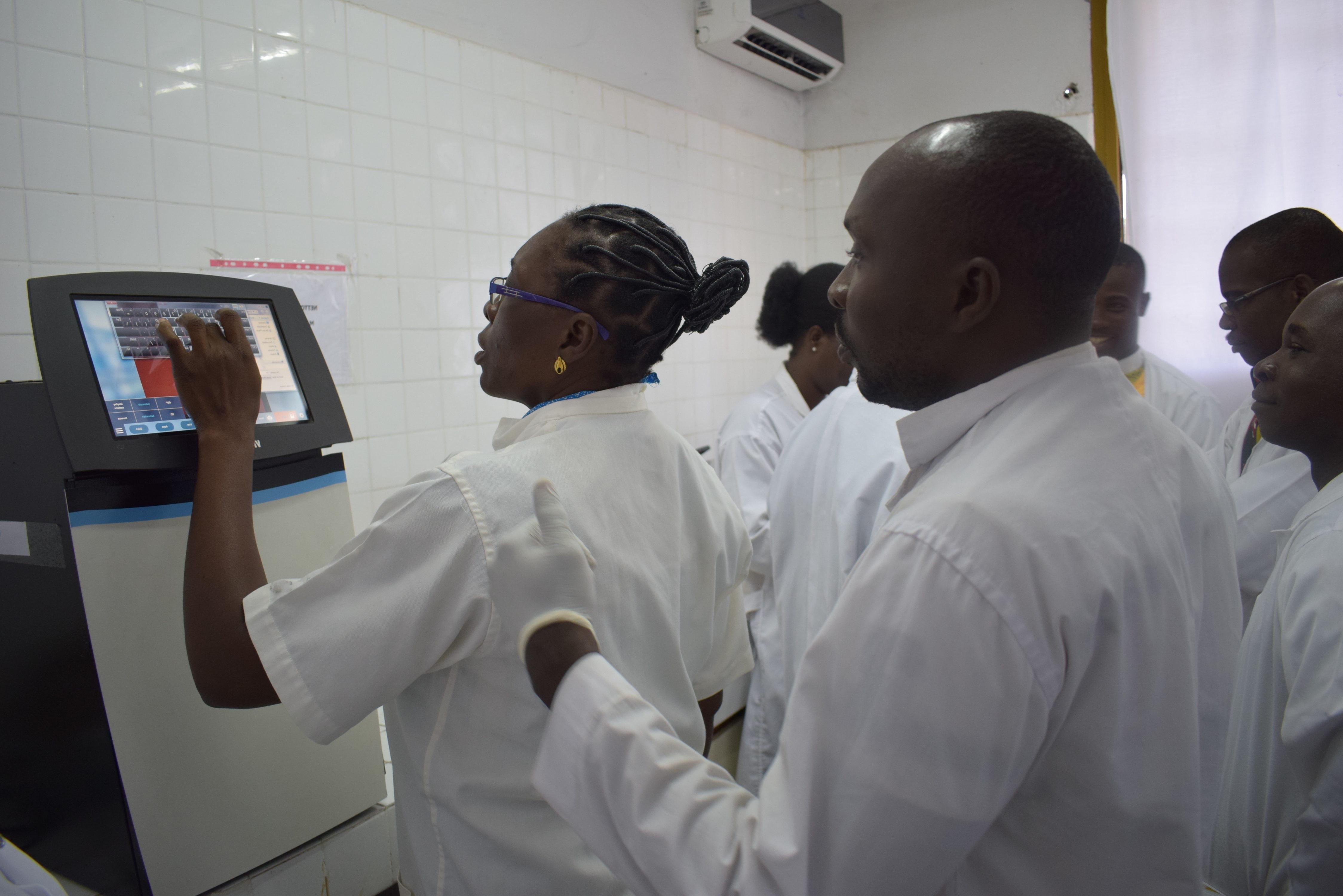 Formation en biologie moléculaire : Comprendre et savoir appliquer les outils et les techniques.